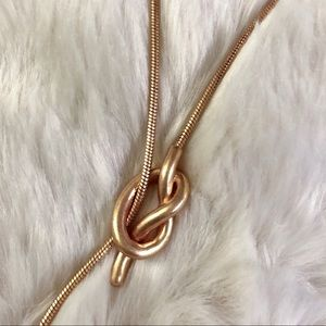 "Madewell Jewelry - Knot ""Y"" shape Necklace"